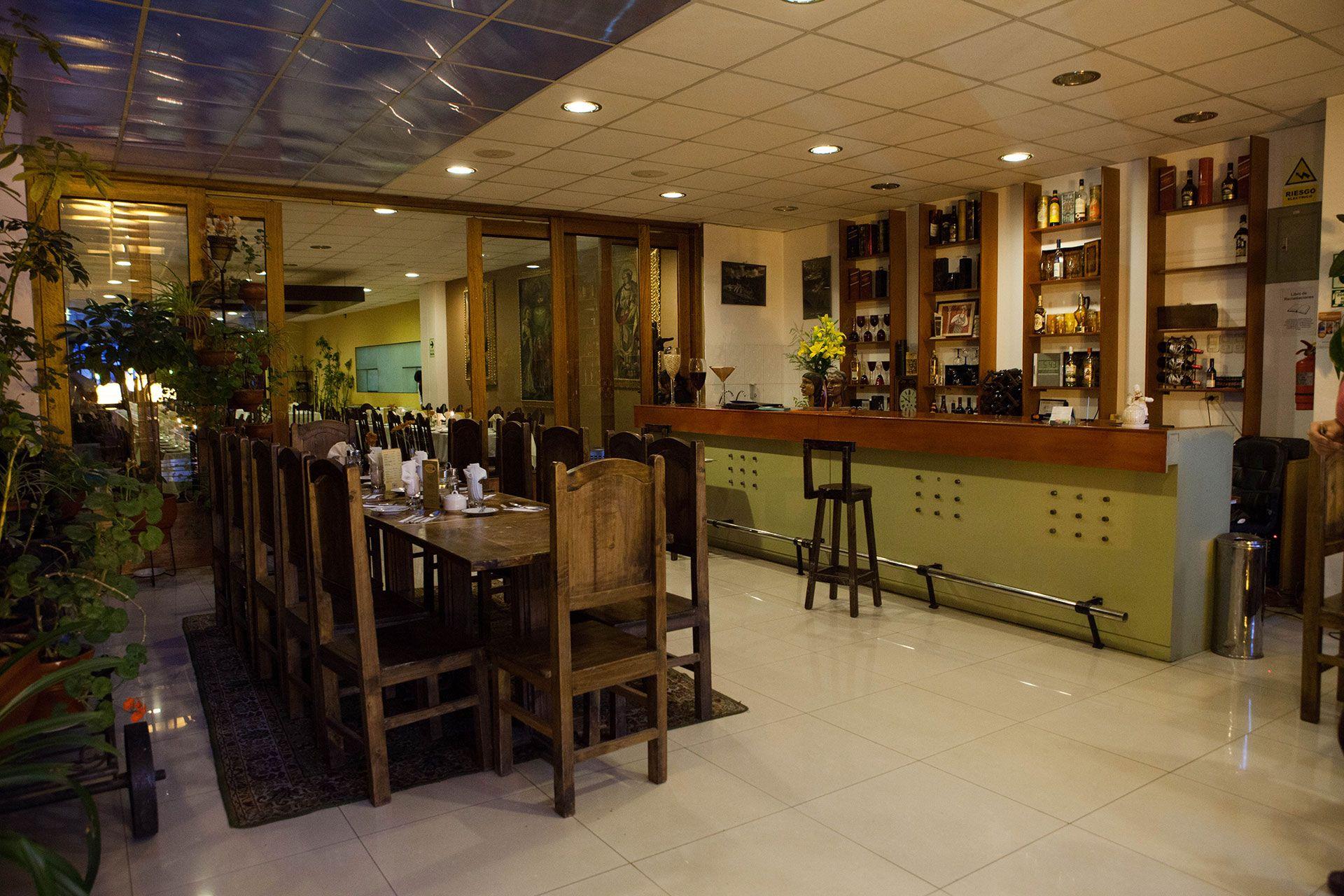 Nosotros - La Casona Restaurant